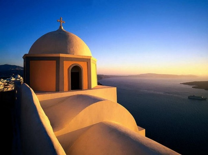 10 day tour package includes Athens, Sifnos & Santorini