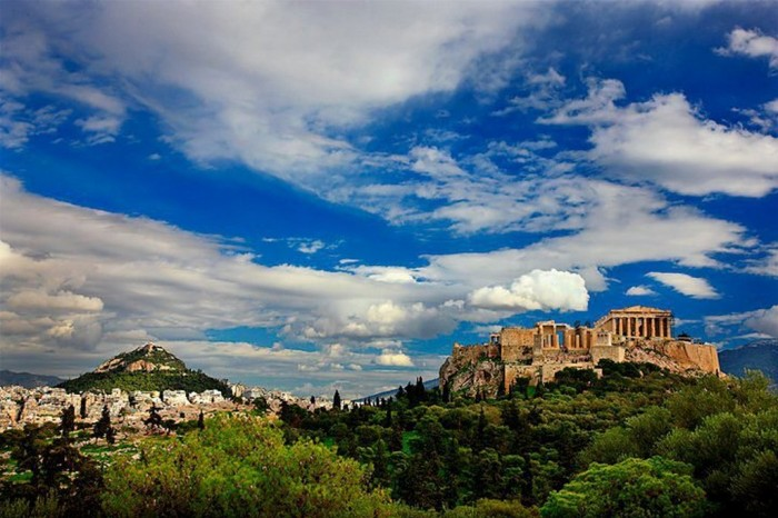 Athens, Santorini and Naxos | Cyclades islands tour package | Athens Express