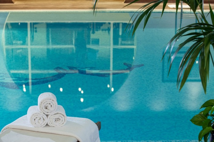 Athens & Edipso Spa Package